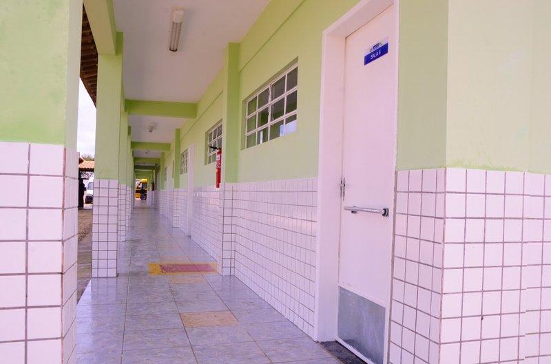 escola003